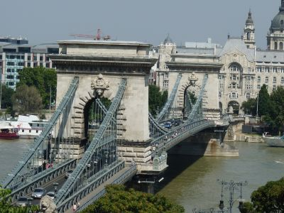 Sz�chenyi l�nch�d (Chain bridge)